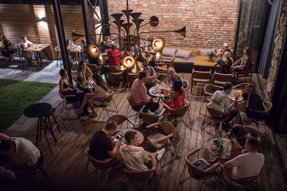 Three Kitchen Bar Bar Djs Nightlife Getout